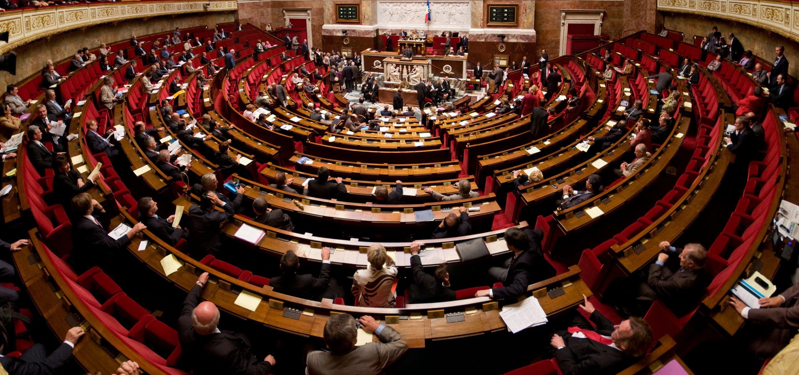 Fin des privilèges pour les députés français
